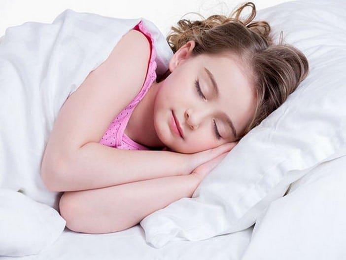 Sommeil Les enfants doivent dormir de huit seize heures par jour