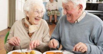 Consommer des proteines apres 65 ans est crucial pour la sante