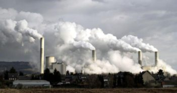 Pollution de l-air 10-pour-cent-de deces et 225 milliards de dollars a l-economie mondiale